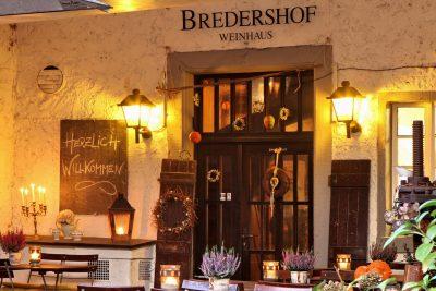Restaurant-400x267.jpg